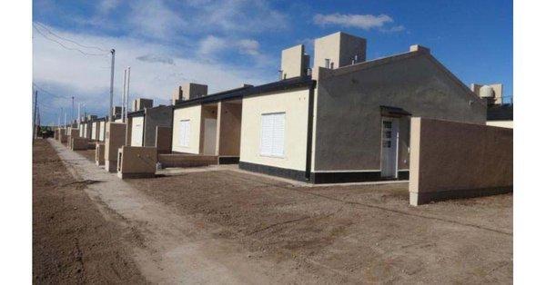 #AlgarrobodelÁguila | Se encuentran en etapa final las viviendas