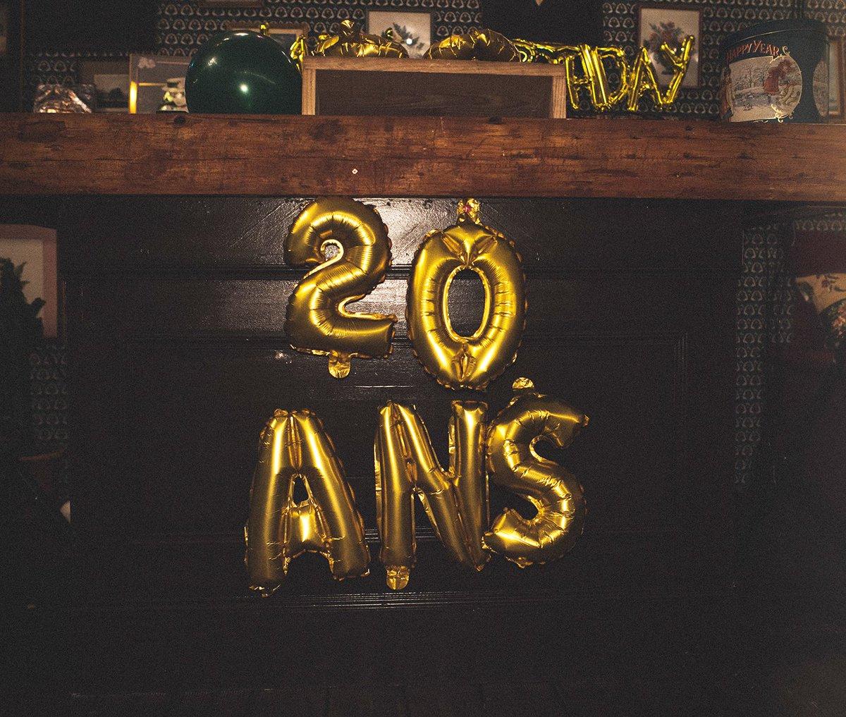 test Twitter Media - Il y a quelques jours, nous fêtions tous ensemble les 20 ans de Performics ! L'occasion de se rassembler et de faire un retour dans le temps… Merci à tous pour votre présence (et vos déguisements) ! https://t.co/D9dbp2sncy