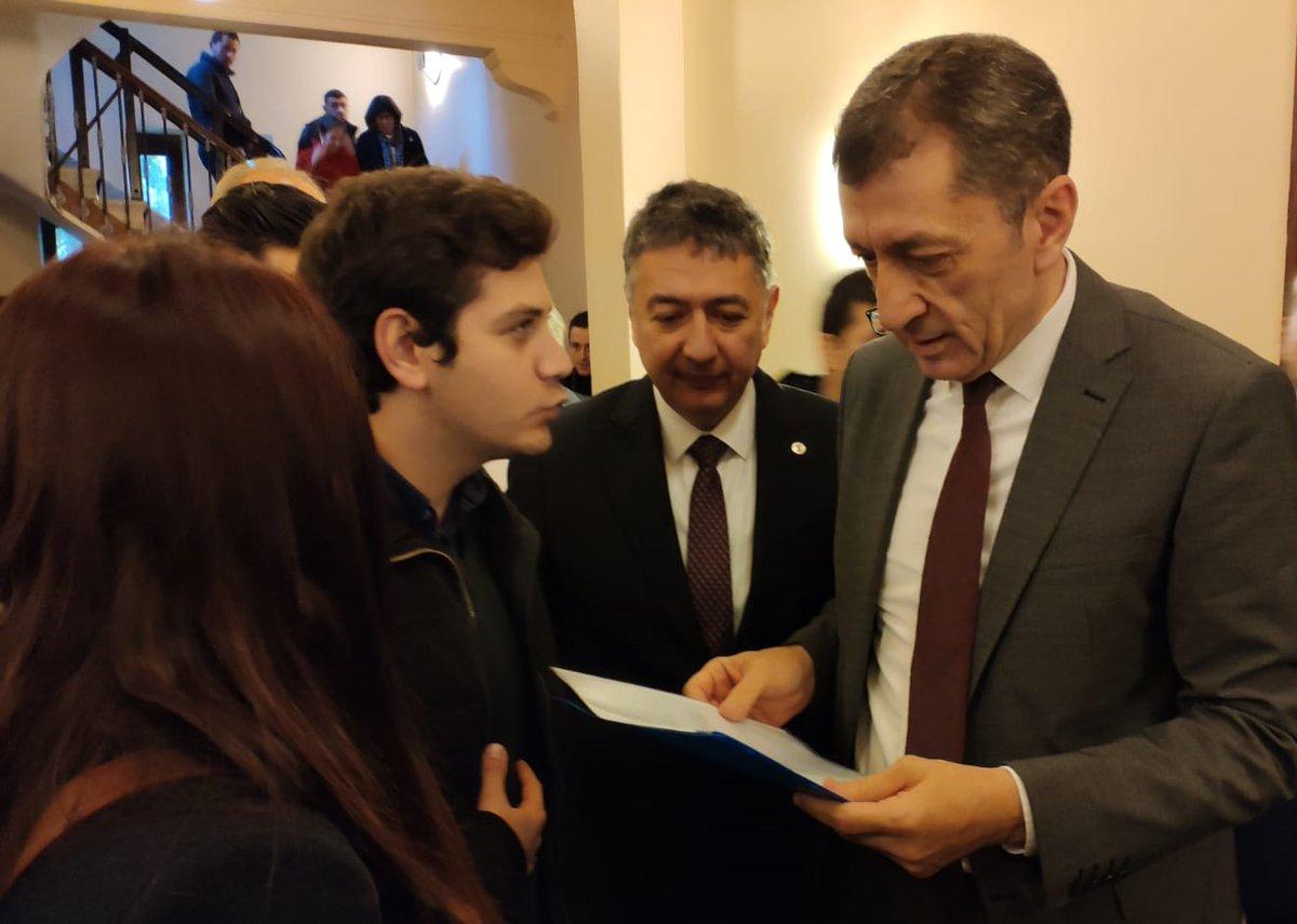 AK Partili Bostancı: Dolar şimdi çılgın bir partide kendinden geçme hali içinde 30