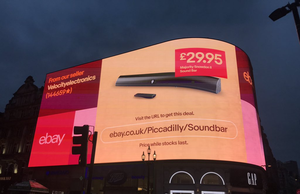 Ebay Co Uk On Twitter From Cambridge To The Capital Today We Ve Launched An Exclusive Flash Deal At London S Piccadillylights To Celebrate Cybermonday Visit Https T Co 7klm7ebuhs To Check It Out Ebay Deals Https T Co Qitjwl7sfe