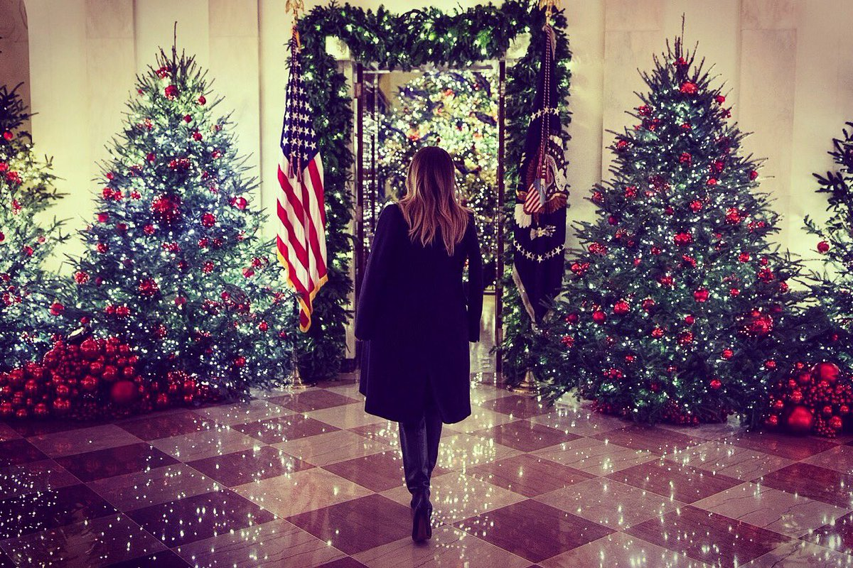 Melania Trump White House Christmas.Melania Trump On Twitter The Whitehouse Is Sparkling For