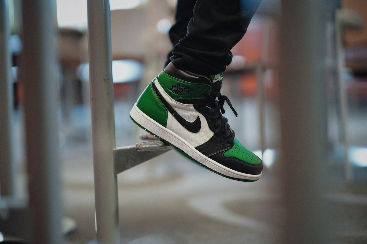 bf7fd353f43f Restocking today in 10 minutes via Finishline Pine Green  https   bit.ly 2O2XFFz Black Cement https   bit.ly 2Qj5Hv8 Win Like  96  https   bit.ly 2QhMz0p Win ...