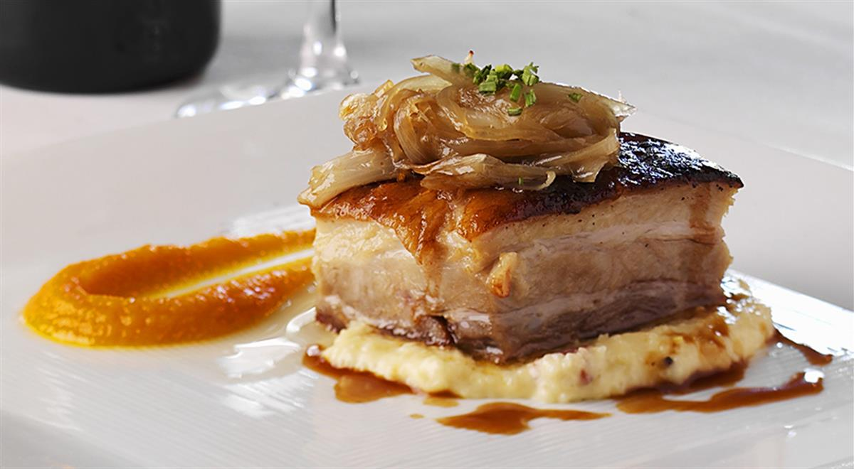 Beer-braised Pork on Polenta with Shallots and Carrot Coulis https://t.co/zwz7AJOzHD #yummy #food https://t.co/kx46rAnzGZ