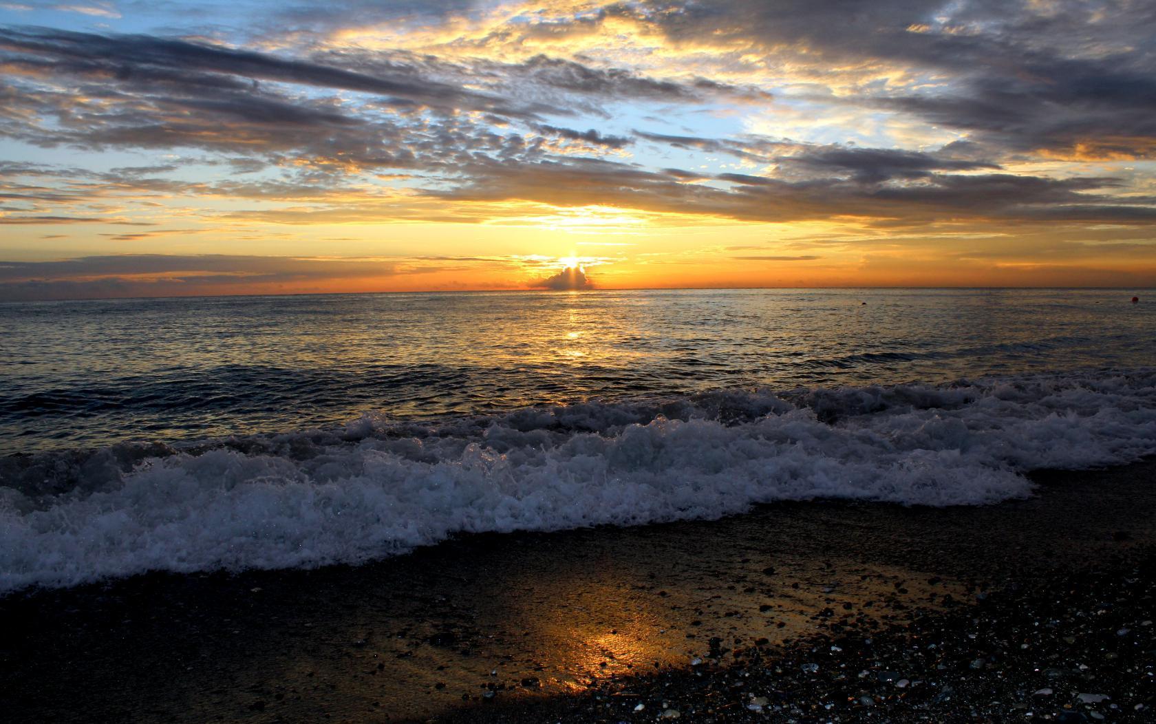 Море фото адлер сейчас