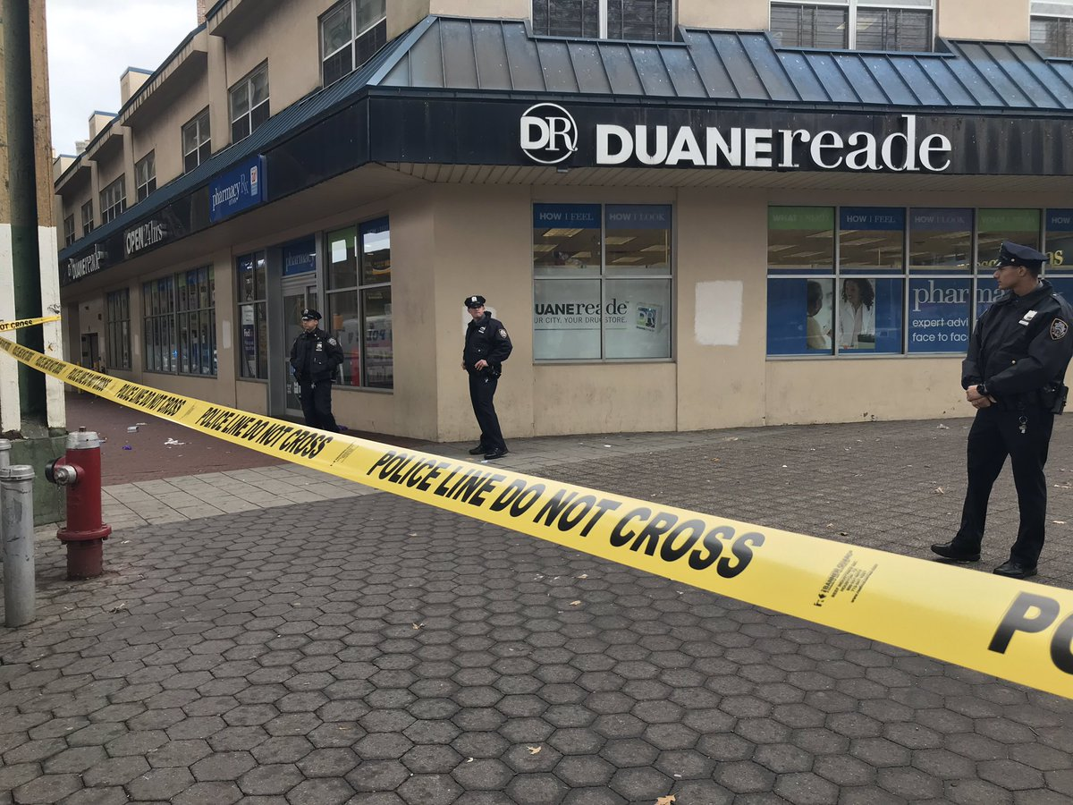 Manager of DuaneReade in Woodside #Queens shot and wounded Latest EWN @ 12 & @ABC7NY