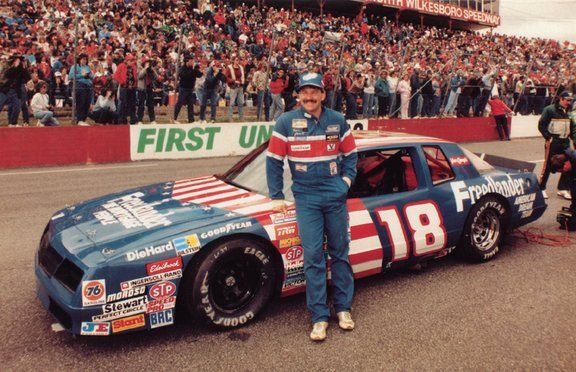 Happy birthday to Nascar legend and Hall of Famer, Dale Jarrett who turned 62 years old today.
