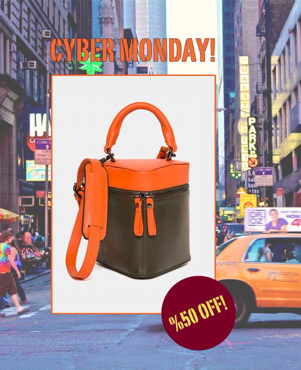 Cyber Monday! Everything %50 OFF! https://t.co/LmFiwfIwrz #flumedesign #flumebag #flmdesign #flmbag #cybermonday #cybermonday2018 #cybermondaysale #specialoffer #sale #fashion #street #newyork #city #shopping #shoppingdays #orange #moda #bag #ootd #look #girl #state #london https://t.co/1857f9bUny