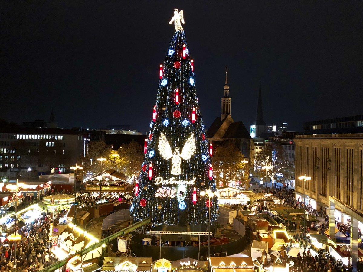 Dortmund Weihnachtsmarkt.Stadt Dortmund On Twitter Der Weihnachtsbaum Auf Dem