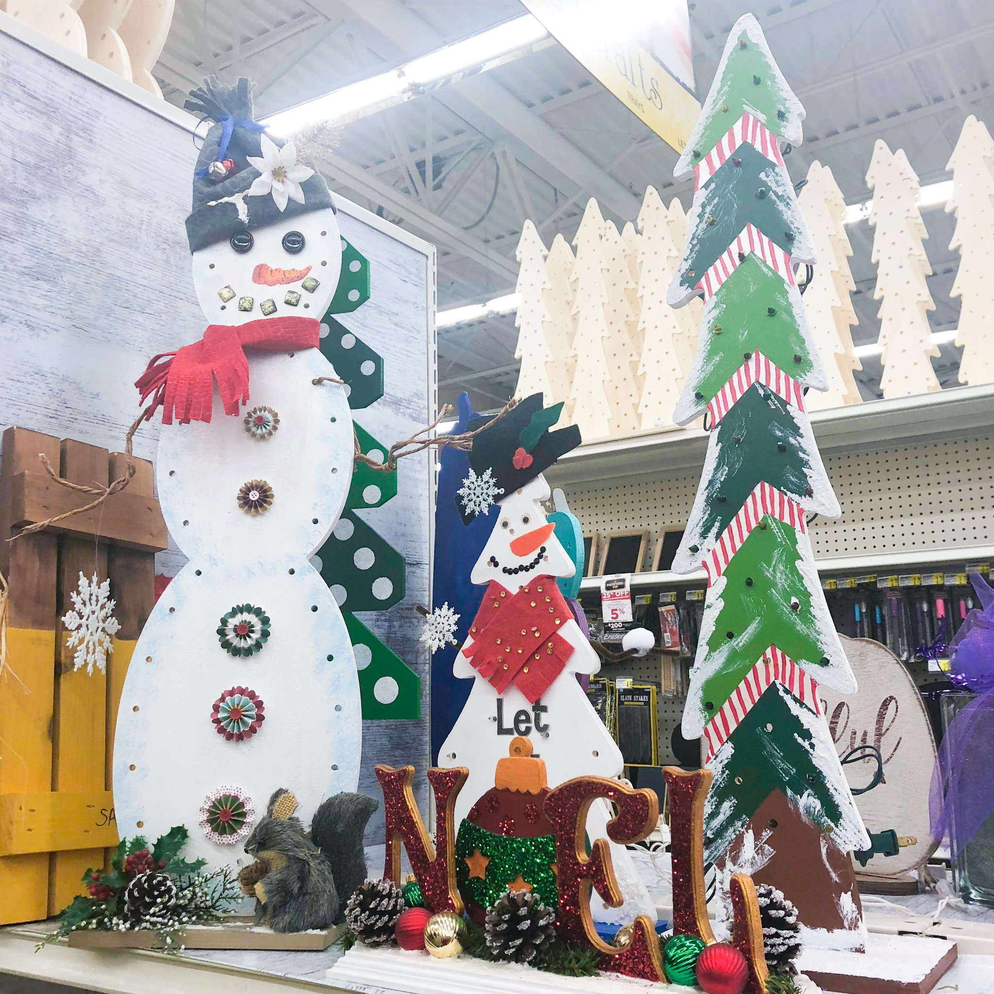 A C Moore On Twitter Diy Your Holiday Get Wood Shapes And Craftable Holiday Signs At Acmoore Then Make Them Festive Like The Floral Designers In Our Turnersvillenj Store Find A Store Https T Co 5v9t9ijdwz