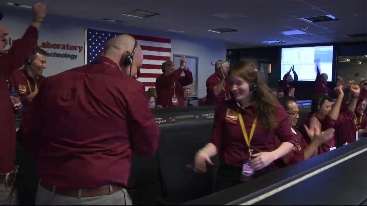 ¡InSight ha aterrizado con éxito en Marte! ¡Enhorabuena @NASA_es! #MarsLanding