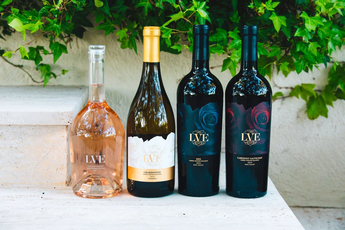 Thanksgiving has passed, but we're still thankful for Cyber Monday - 30% off wine sitewide + $1 shipping! Use coupon codes: CYBERSHIP and CYBERWINE. https://t.co/57WxdIUos2 https://t.co/IlH3ikMwJ7