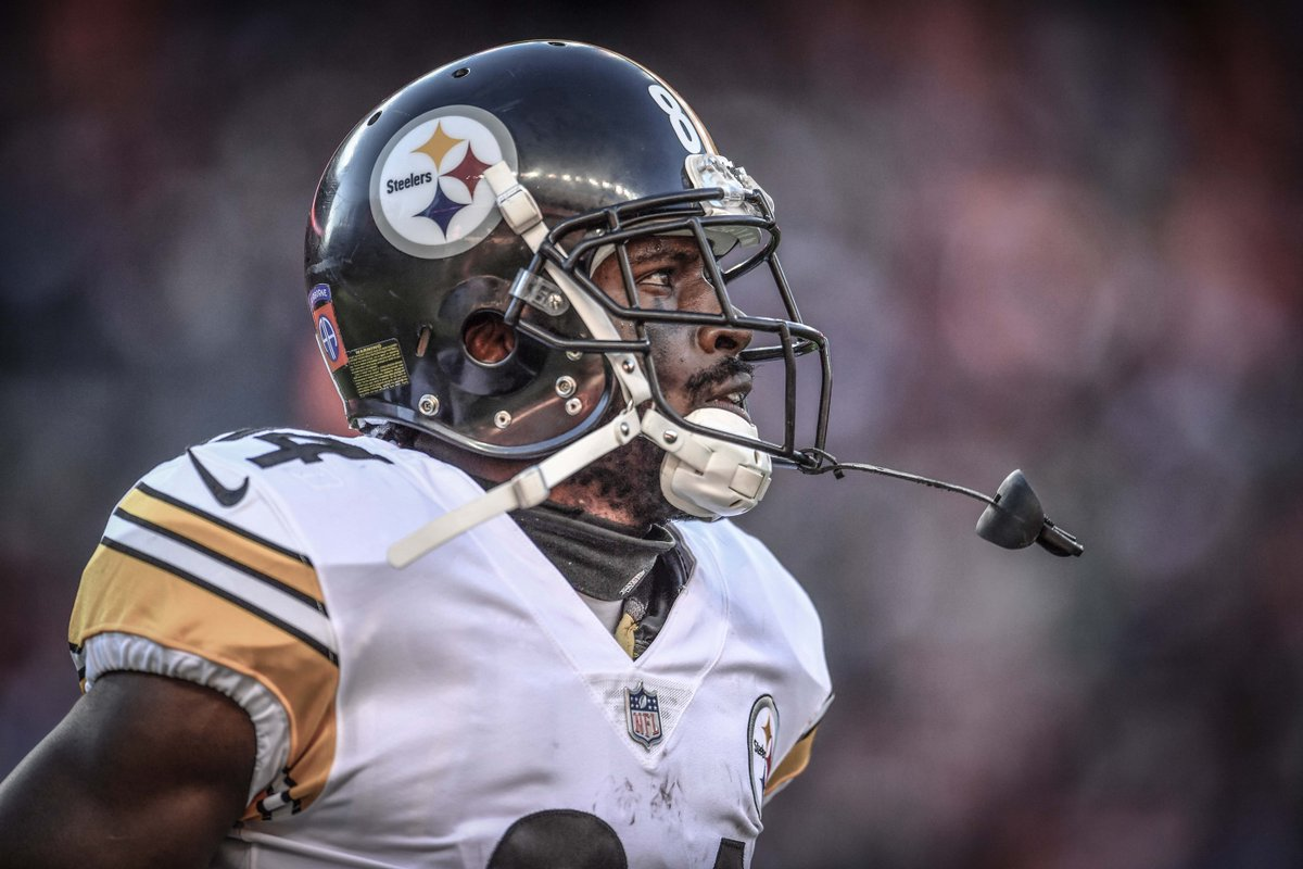 Antonio Brown (804) joined Torry Holt (805) and Marvin Harrison (845) as the only players in NFL history with at least 800 receptions in a player's first nine seasons.