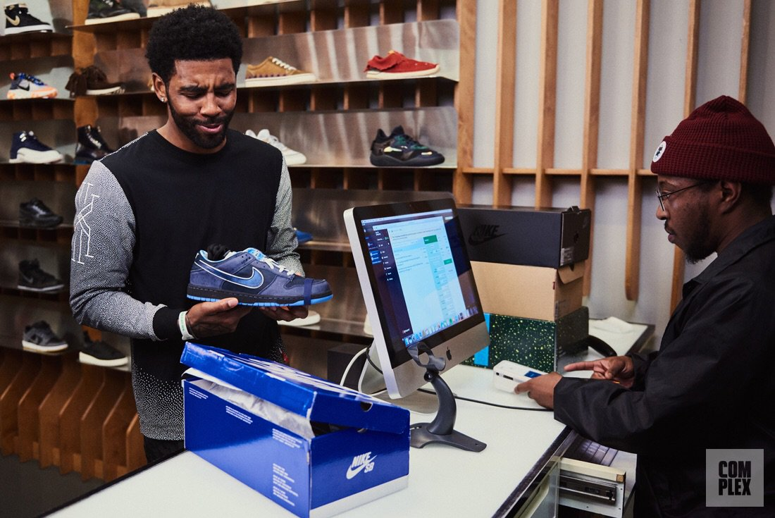 f344482c66f9 Kyrie Irving Goes Sneaker Shopping With Complex https   bit.ly 2QjlI47 pic. twitter.com ODQ7cSQYyk