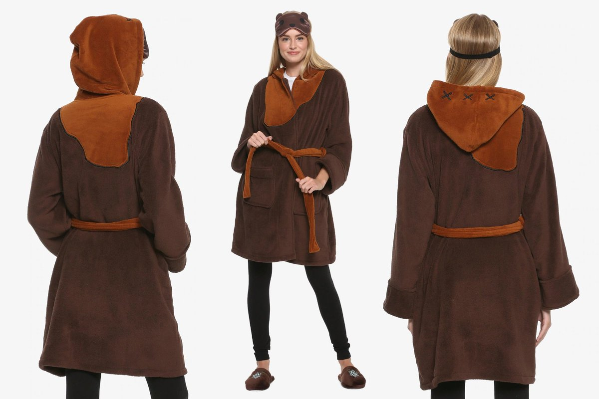 aef612b93cac8 ... Wars Ewok spa robe gift set is available exclusively at @BoxLunchGifts  - http://www.thekesselrunway.com/star-wars-ewok-spa-robe-gift-set-at-box-lunch/  …