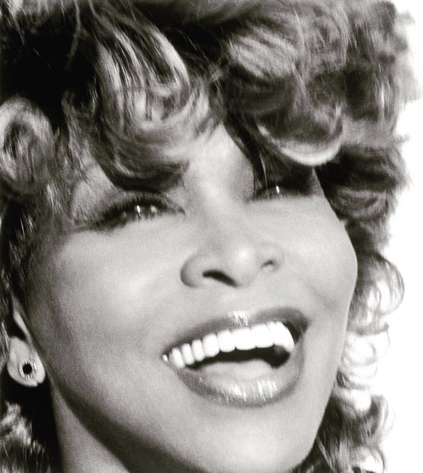 The beautiful & talented Tina Turner celebrates 79 years of life today! Happy birthday.