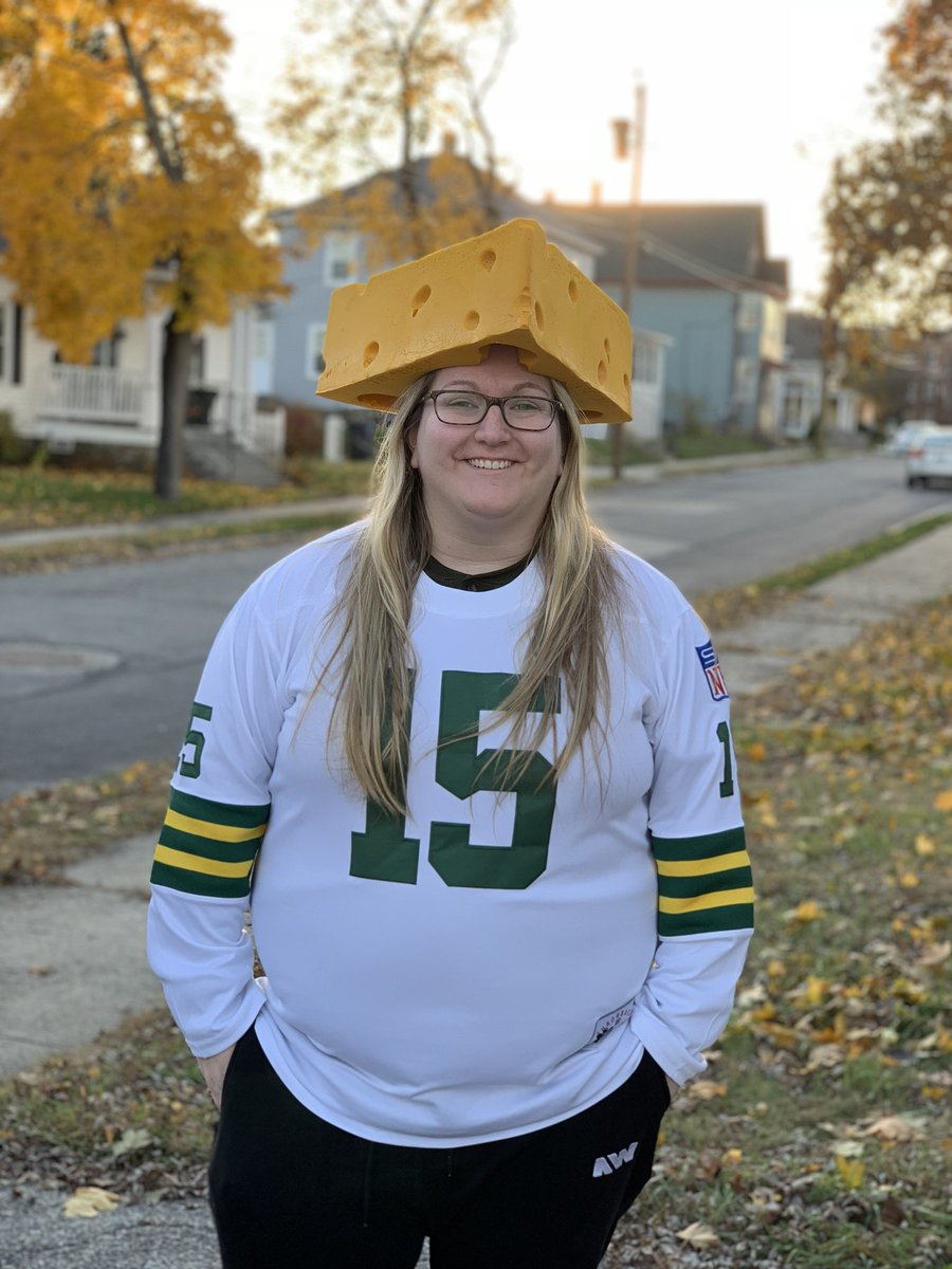Thursday Night Football- Packers vs Seahawks. Go Pack Go!  #ItsOnTNF #contest #GoPackGo ⁠ ⁠ @packers<br>http://pic.twitter.com/BgJiPeOr5v