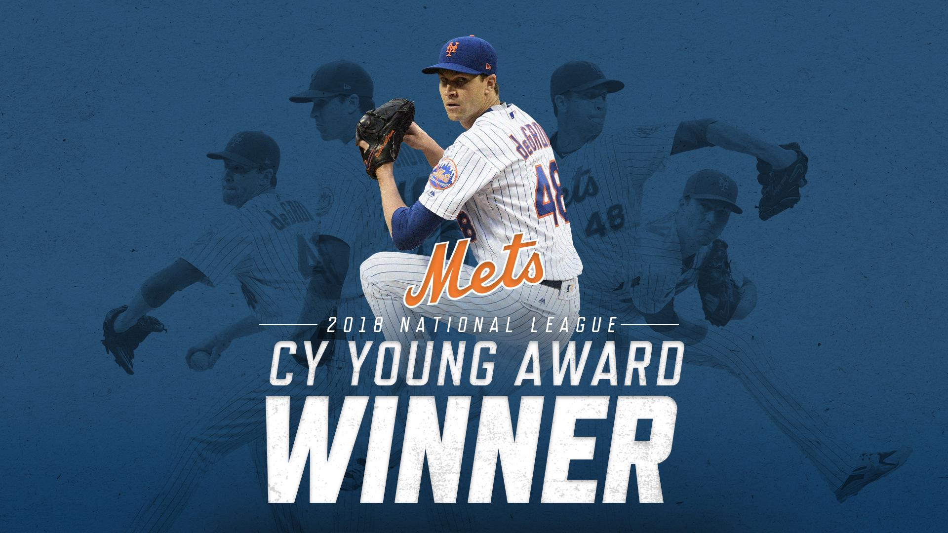 OFFICIAL: @JdeGrom19 is the 2018 #NLCyYoung! #Mets https://t.co/VbK0JUhnrx