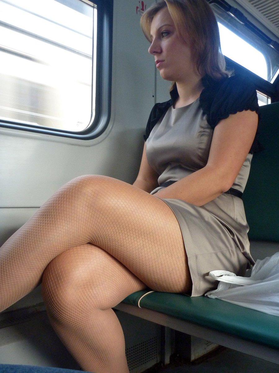 как секс волосатых зрелых поезд этот день девушки
