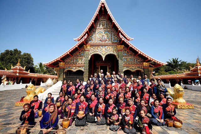 """TAT invites ambassadors to """"Open to the New Shades"""" of travel experiences in Isan  https://www. tatnews.org/2018/11/tat-in vites-ambassadors-to-open-to-the-new-shades-of-travel-experiences-in-isan/ &nbsp; …  #Thailand #Travel #ThailandTravel #ReviewThailand #ThailandReview #泰國 #태국 #タイ #Таиланд #Tailândia #Tailandia<br>http://pic.twitter.com/0ecird6CLp"""