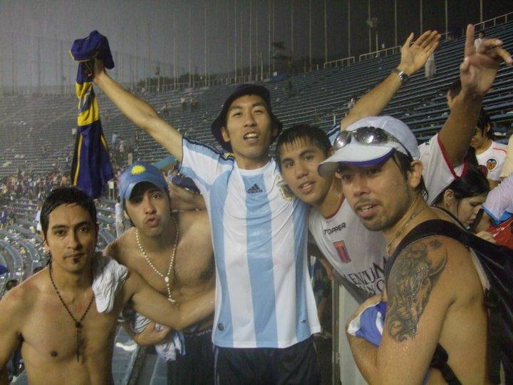 RT @IsamiLito: 先日の件でFacebookでは100件以上の友人リクエストが届いているけど、10年前に知り合ったボカのサポーターの友人から先ほどアルゼンチンからテレビ電話が掛かって来て、嬉しかった(^^♪ https://t.co/m2zmma28Oy