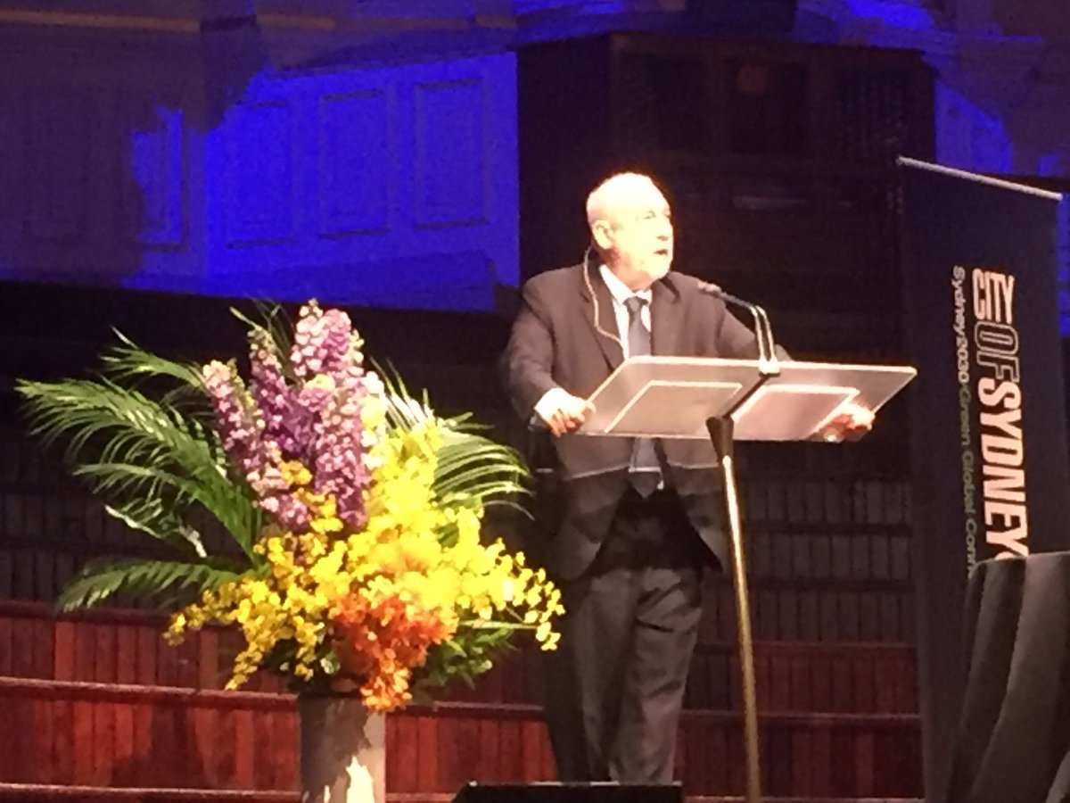 America is not a model for Australia @JosephEStiglitz on poverty, food insecurity and low minimum wage in the US #SydneyPeacePrize @SydPeaceFound<br>http://pic.twitter.com/JM8oy9dQMl