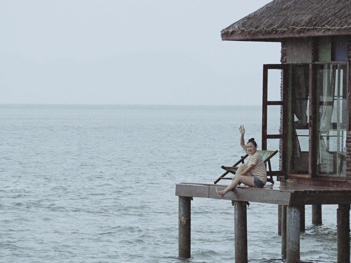 Slow life  #เกาะจิก #ReviewThailand <br>http://pic.twitter.com/0yeHCkxmQg