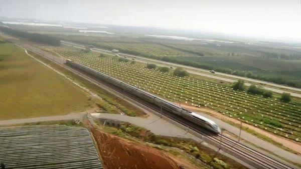 Le TGV en Afrique  https://t.co/Qo9FEm0T3f  #reportage par @maxdebs #le57Inter