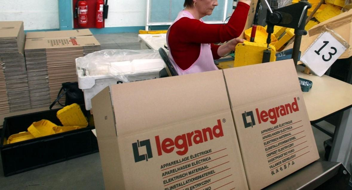L'industriel #Legrand rachète la PME #Netatmo dans les objets connectés pour la maison https://t.co/Zw4OYbqooe