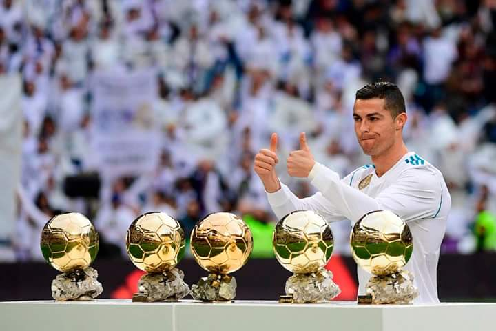 Cristiano is the Only player to finish Champions League top scorer in 6 consecutive seasons (2012/13 - 2017/18)