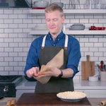Image for the Tweet beginning: How to prevent parchment paper