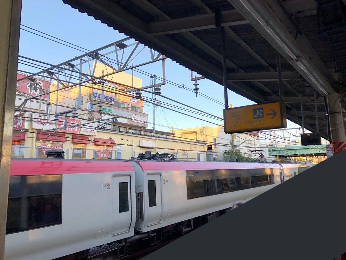 総武線の幕張駅付近で電車と自転車が接触する事故の現場画像