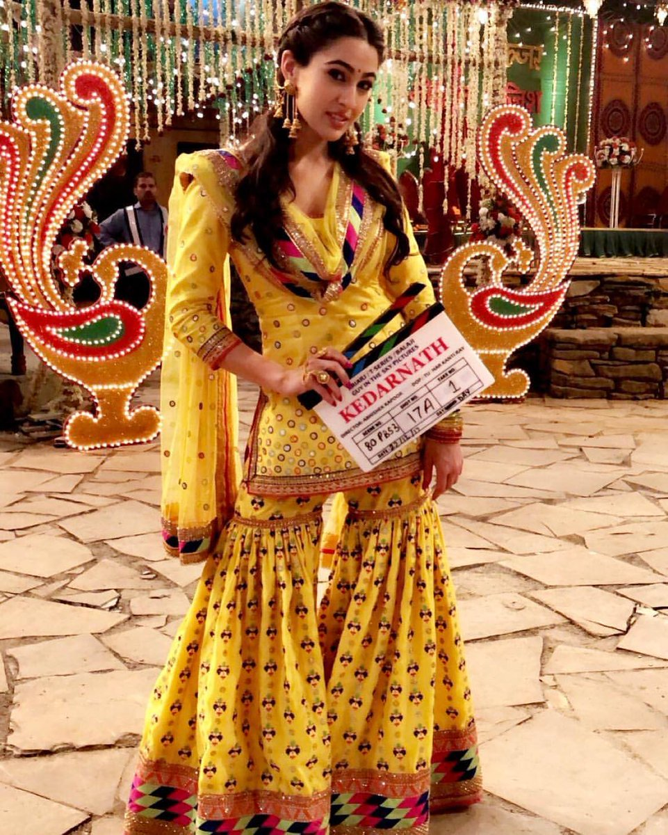 How gorgeous does #SaraAliKhan look in this #throwback picture from #Kedarnath!
