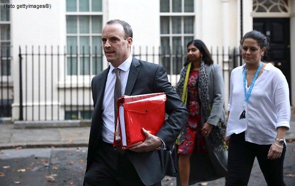 #UltimOra Gran Bretagna, si è dimesso il ministro per la Brexit Dominic Raab #canale50 https://t.co/0kxapzNrby
