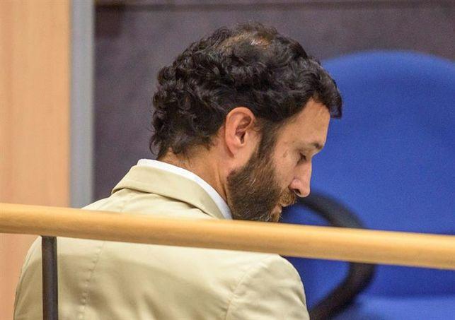 ÚLTIMA HORA | Condenado a 11 años de cárcel por abusos sexuales el profesor de Gaztelueta https://t.co/xLKtJzt5VW Informa @ikerrioja
