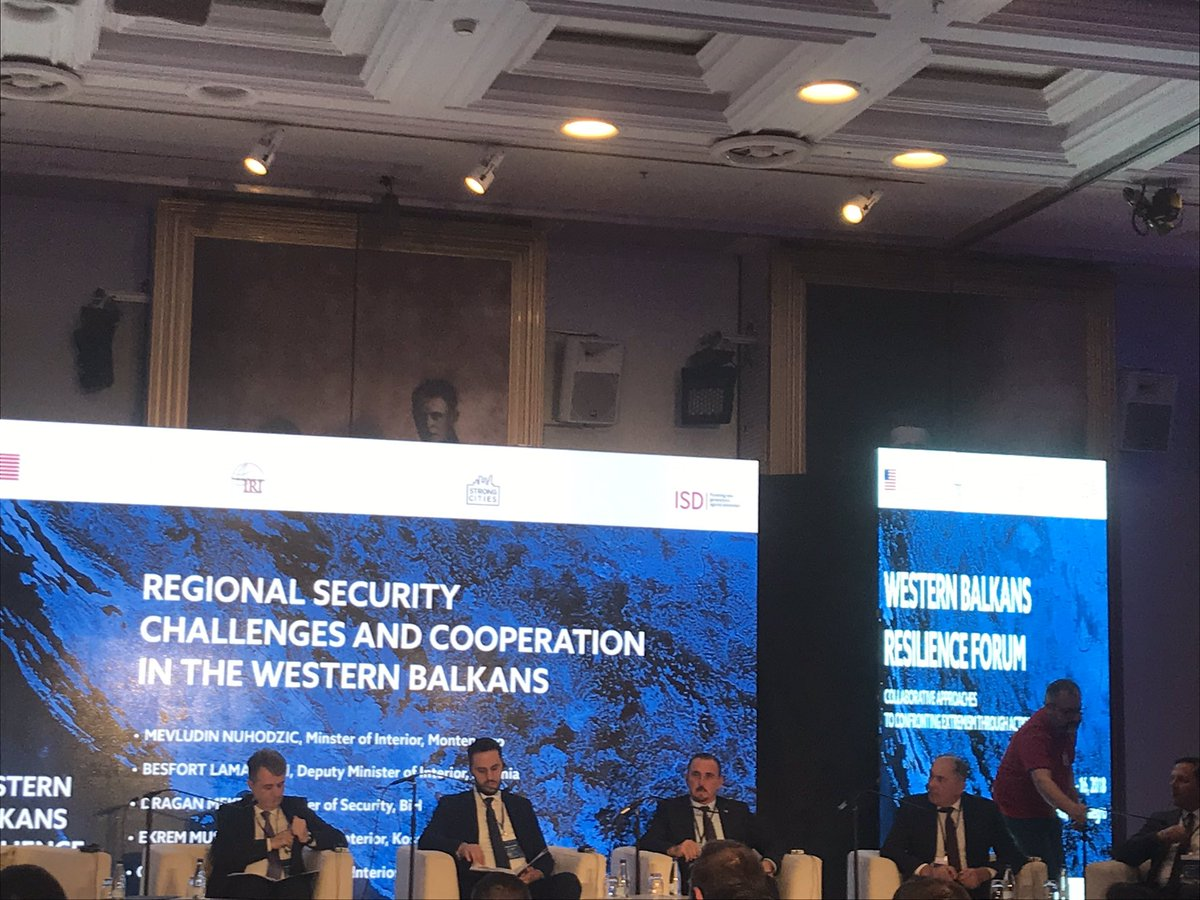 Ministers of Interior of the WB countries discussing regional security challenges at the #WBRF2018  @IRIglobal @StateCSO<br>http://pic.twitter.com/PiQNbBtCa1