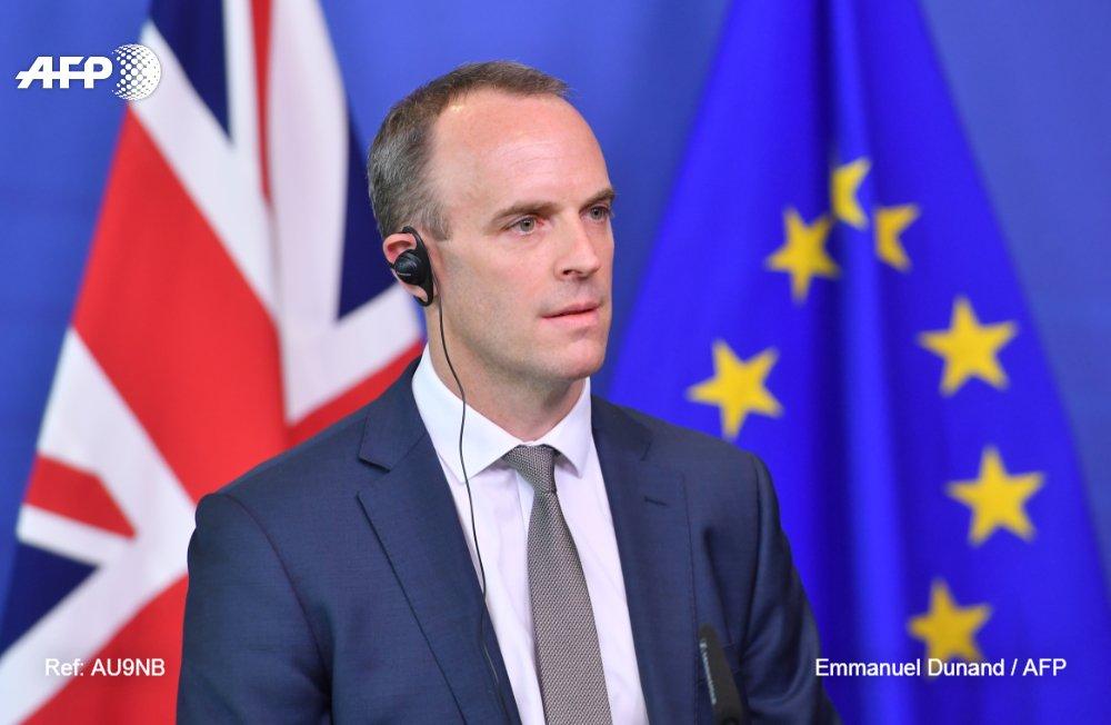 El ministro británico del Brexit, Dominic Raab, anuncia su dimisión #AFP https://t.co/Ys3JCM03Hf https://t.c