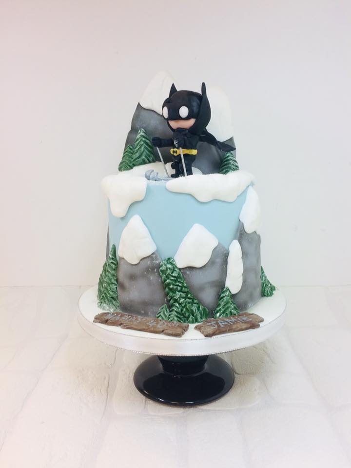 Torte Cakes Sheffield On Twitter Chibi Batman Skiing Complete With Flapping Cape And Mountain Backdrop Happy 40th Birthday Jamie Xx Cake Birthdaycake