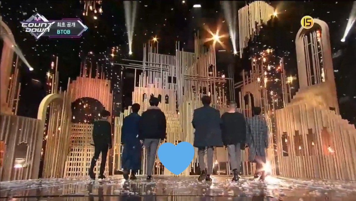 how come that even on stage performances they didn&#39;t forget to give eunkwang a space? it&#39;s like they want us melodies to imagine them performing as ot7 still ugggh i stan the right group!!!!!  #BTOB  #Beautiful_Pain  #BTOB_Beautiful_Pain<br>http://pic.twitter.com/3t0eDvpGnt
