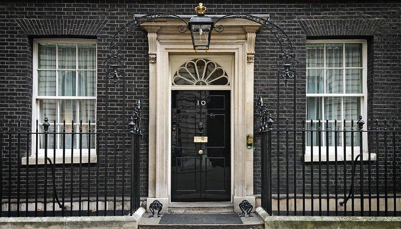Quatrième démission en quelques heures au gouvernement britannique: https://t.co/Odpl35Umxz #Brexit