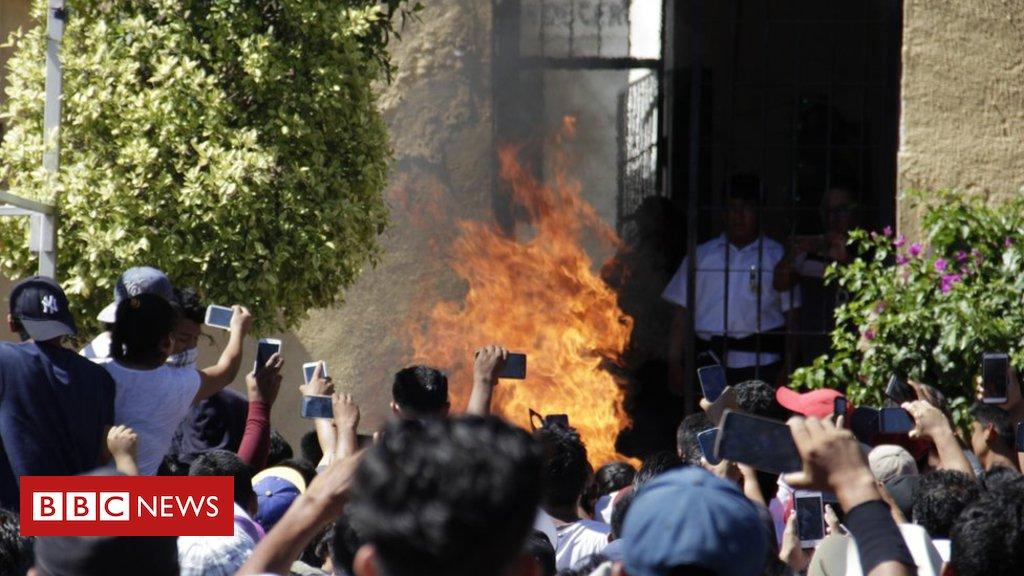 Como as #FakeNews no WhatsApp levaram um povoado a linchar e queimar dois homens inocentes https://t.co/P3bkBoAtLn