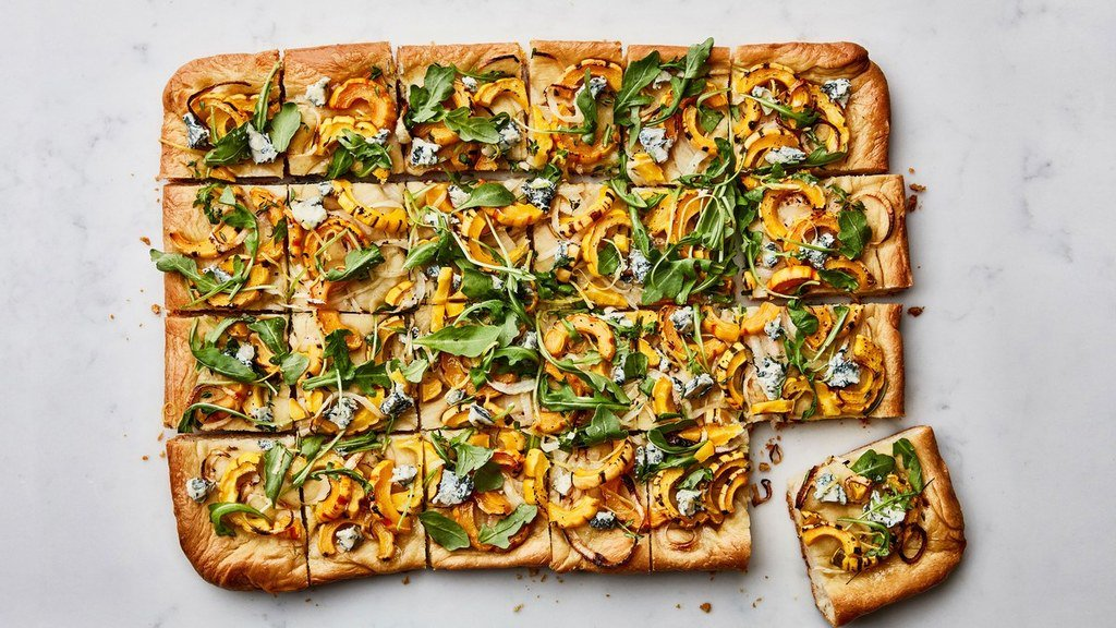 Squash and Onion Flatbread https://t.co/YZdjnr0Yeb / #food #foodie #recipe #recipes #yummy #cooking #foodporn #ff https://t.co/hMiSBtE4Wn