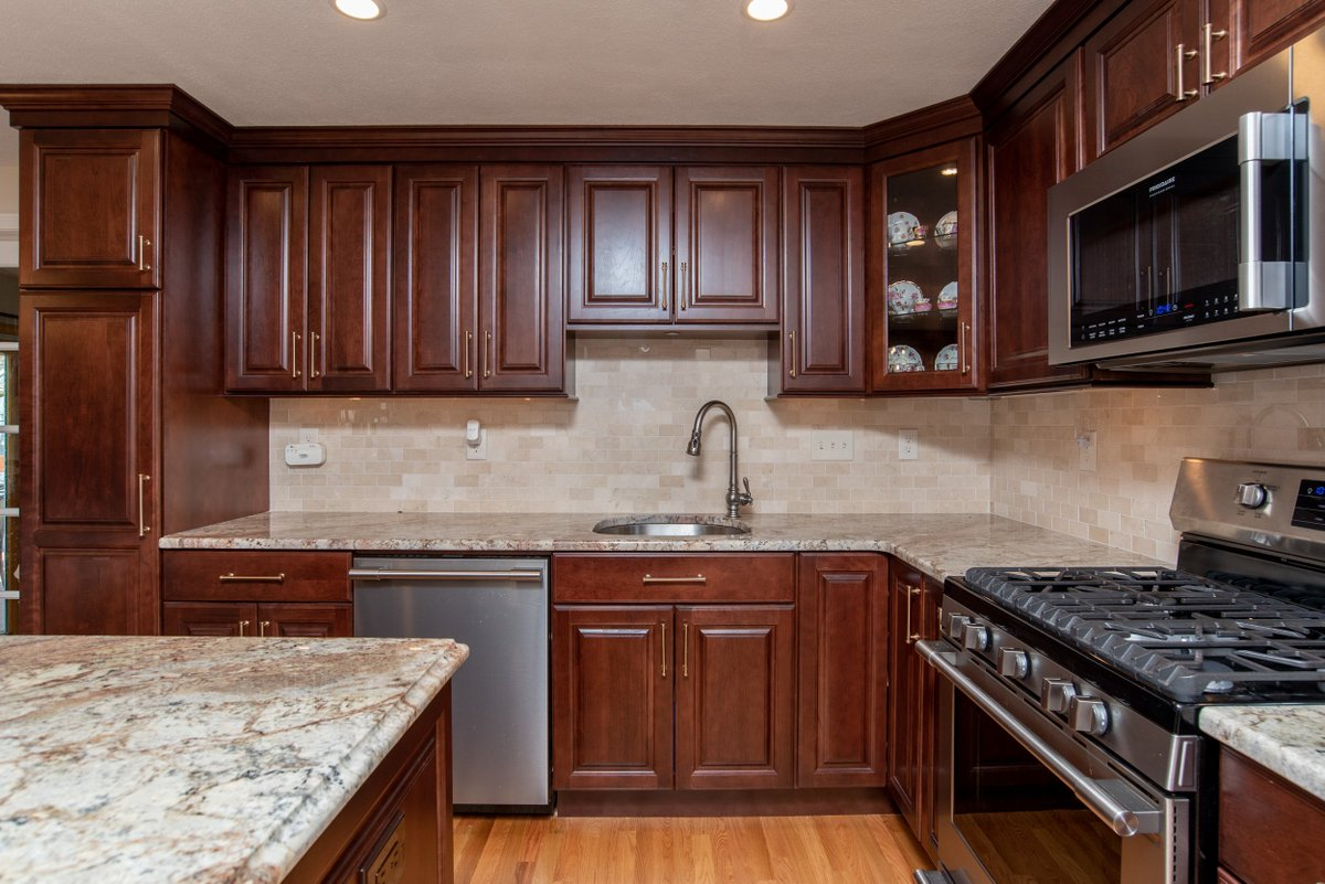 Superb Kccne On Twitter Northprovidence Ri Kitchen Featuring Download Free Architecture Designs Grimeyleaguecom