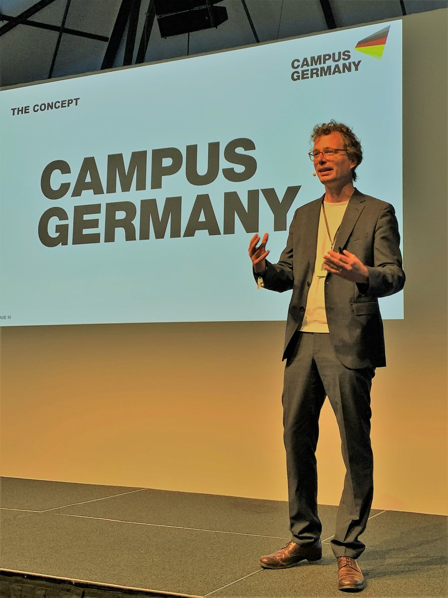 Today @mmk_berlin: Andreas Horbelt (facts and fiction #Cologne), our Creative Director, also talking about the #GermanPavilion @expo2020dubai #CAMPUSGERMANY #instagramability #Marketing #Germany #Sustainability #Expo2020 #Weltausstellung #DeutscherPavillon #Dubai #Bmwi_bund #UAE