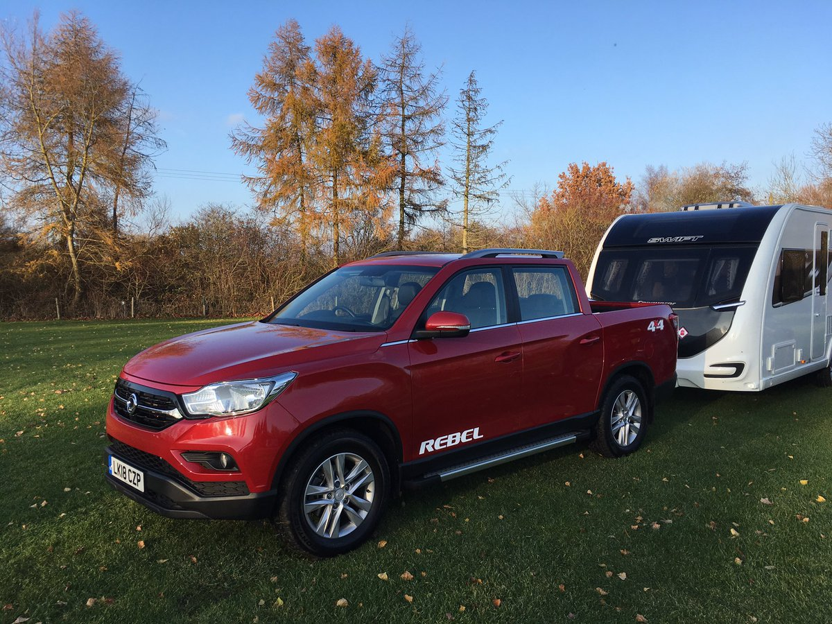 On test today: the @SYMotorUK Musso. Look out for a review in @pcaravan! Thanks to @broadlane for the @swiftgroup  Conqueror and Waterbury @CampAndCaravan site for the pitch!<br>http://pic.twitter.com/kp20tSIRd3