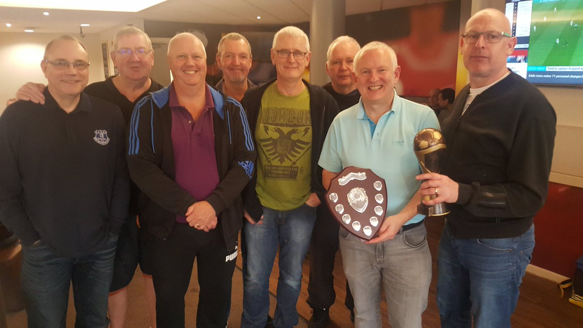 Congratulations to Wigan Walkers Whites who won this afternoons #walkingfootball tournament  <br>http://pic.twitter.com/iluFwtV5sF