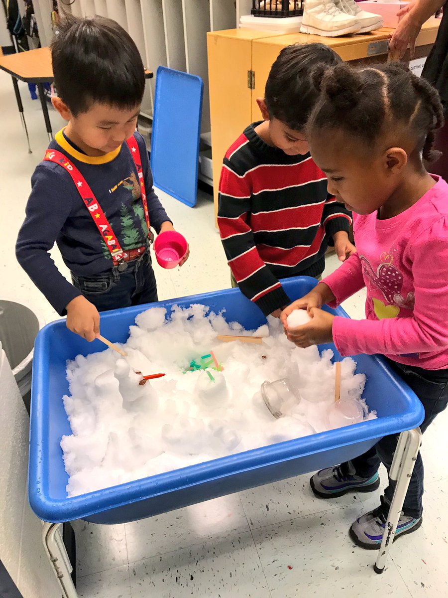 VPI brings the snow day inside!  <a target='_blank' href='http://search.twitter.com/search?q=hfbtweets'><a target='_blank' href='https://twitter.com/hashtag/hfbtweets?src=hash'>#hfbtweets</a></a> ⛄️❄️ <a target='_blank' href='https://t.co/uRkQCoFr0i'>https://t.co/uRkQCoFr0i</a>