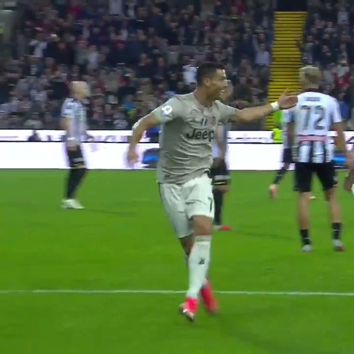 Vi manca la Juve? Due splendidi gol in #Pitchview per farvi passare la nostalgia ⚽️ #GOTD 🆚 Udinese ft Rodrigo Bentancur & @Cristiano