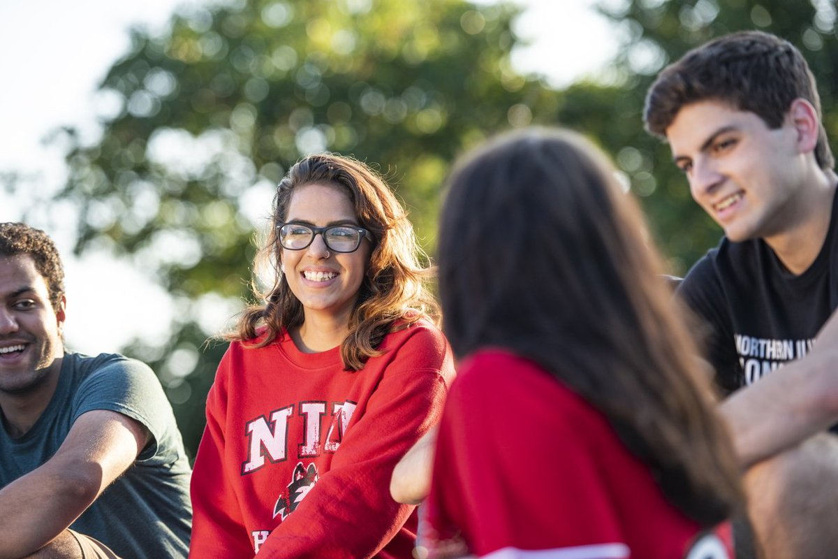 Tag your friends and remind them to fill out the 2019-20 #FAFSA! The Dec. 1 priority deadline is fast approaching and first-time college or transfer students must file a FAFSA to be eligible for an AIM HIGH or NIU Partner Scholarship. niu.edu/financial-aid