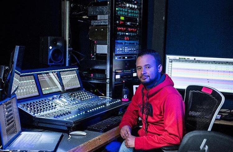 Ingeniero Electrónico de la UTB nominado a los Premios Grammy que se entregan mañana en Las Vegas