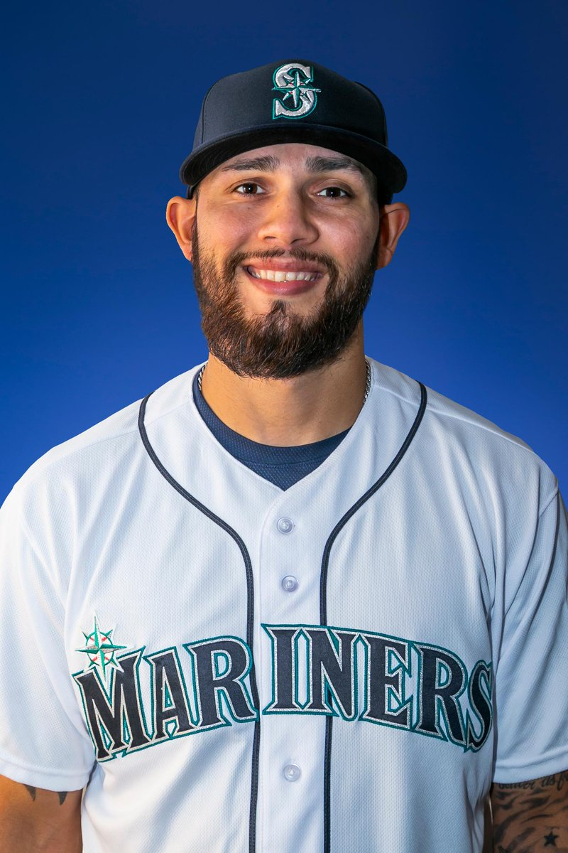 #Mariners sign free agent right-handed pitcher Ruben Alaniz. Seattles 40-man roster is now at 33 players. Read: atmlb.com/2K6jiAz